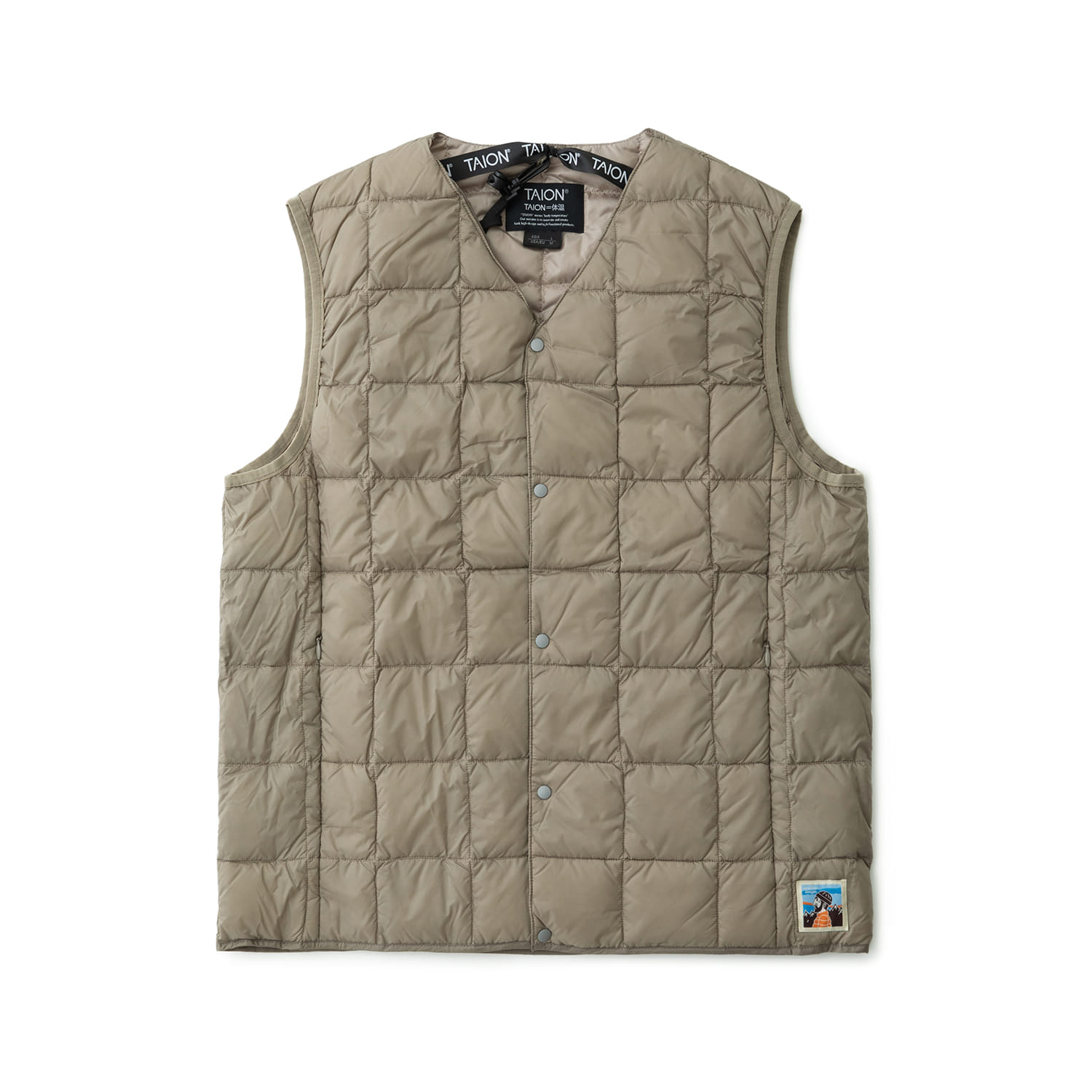 TAION X ANOTHER OFFICE PACKABLE DOWN VEST (FADED KHAKI)